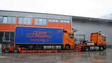 Sigr Bizjak izredna vozila tovornjak/iz strani