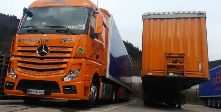 Sigr Bizjak parkirano tovorno vozilo