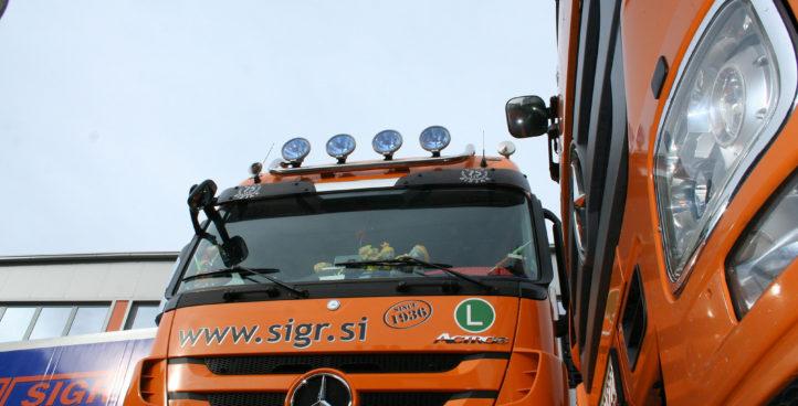 Sigr Bizjak tovorni vozili/spredaj